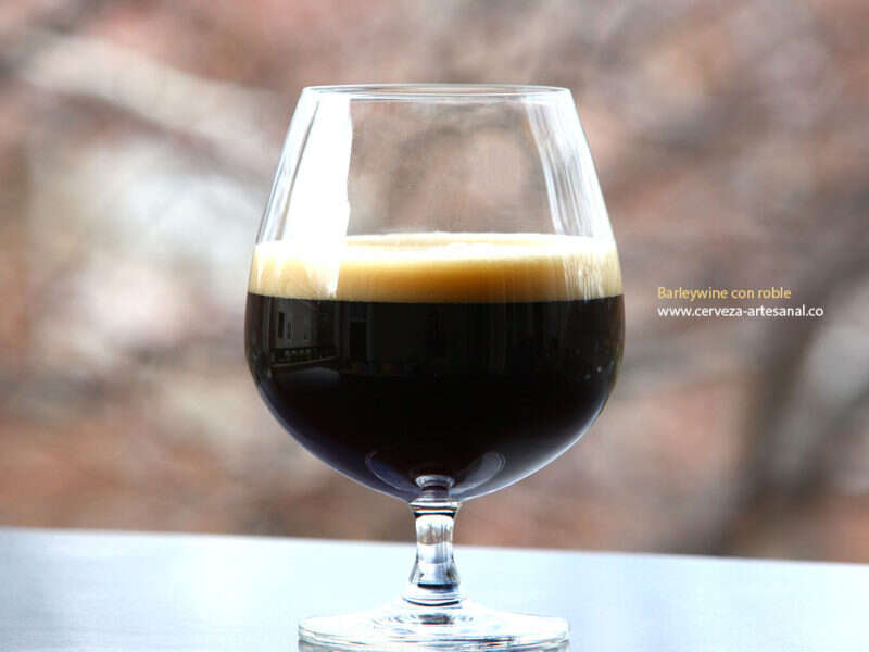 Barleywine con roble (11.6% alcohol)