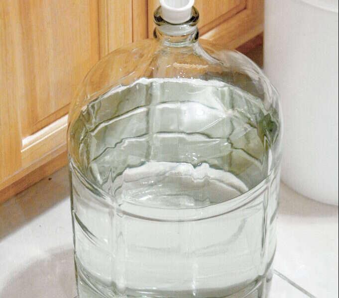 Cómo calcular el volumen de agua para la maceración y cocción en la preparación de cerveza