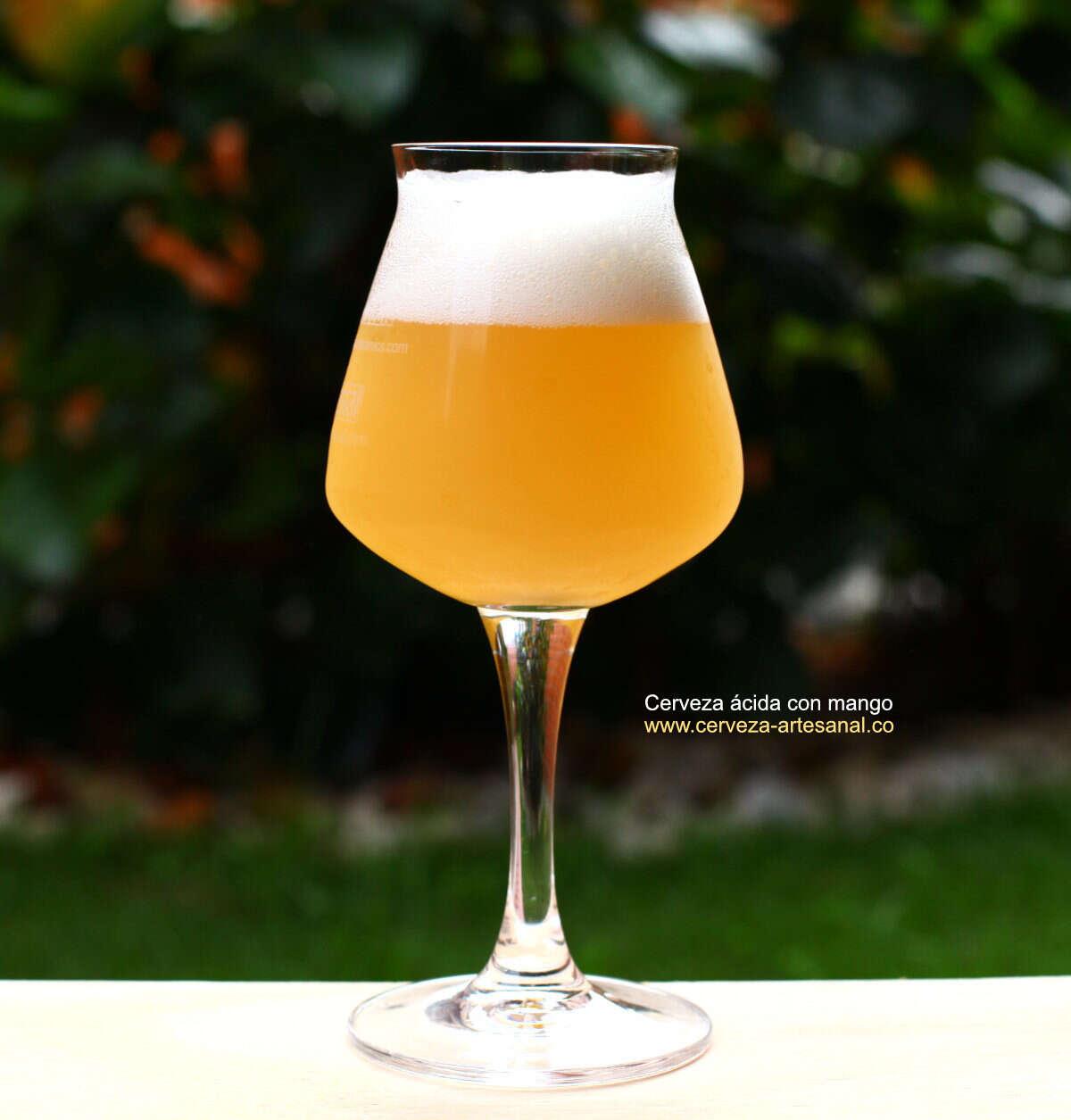 Cerveza ácida con mango